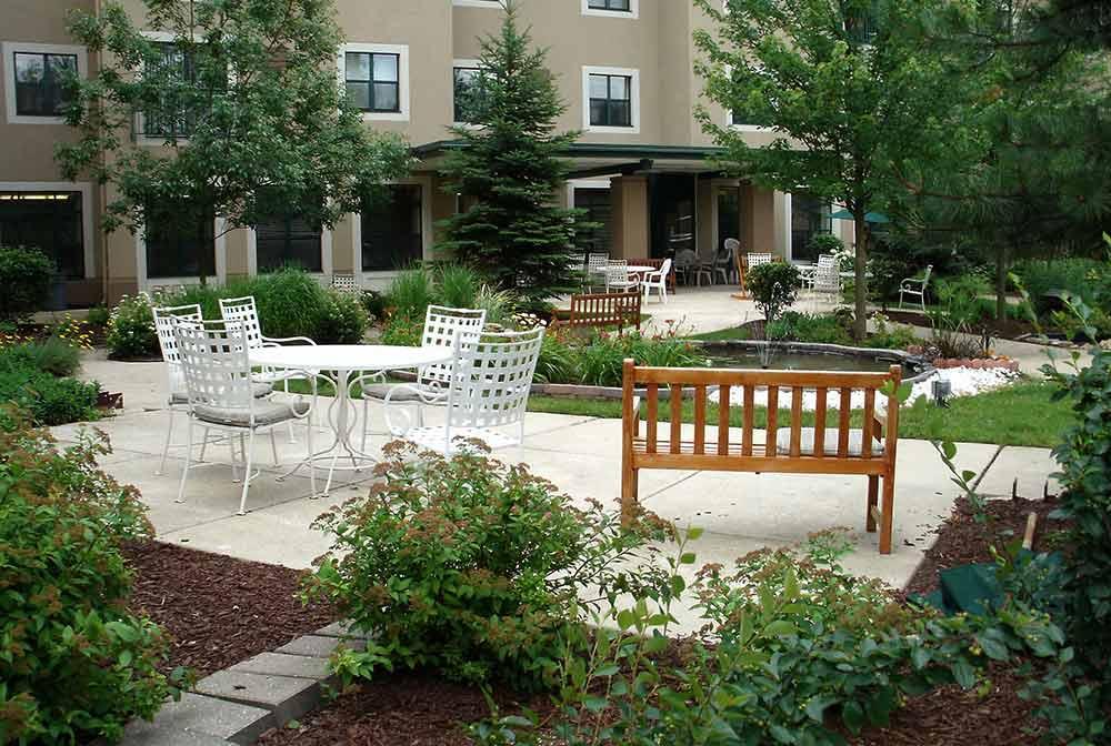 Cordia Senior Living Courtyard